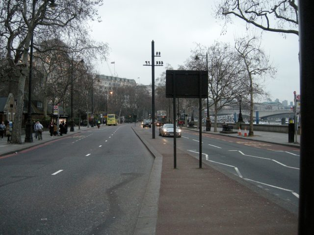 The 'dense street pattern' of the Embankment