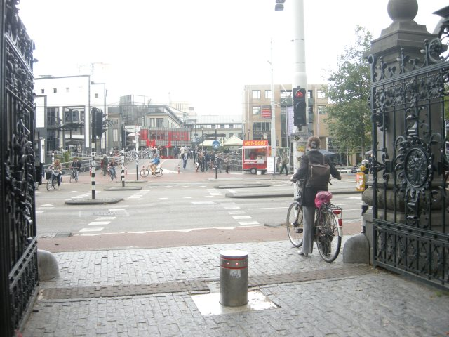 A 'quiet route' in Amsterdam - the northern exit of the Vondelpark. Direct, cycle-specific crossing across major road