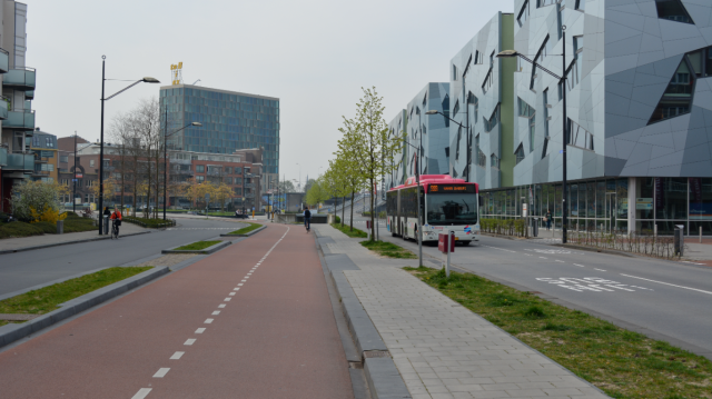 Cycle and bus routes, in front of Nijmegen station