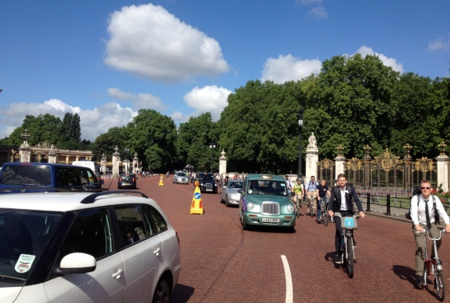 The 2014 Parliamentary Bike Ride, passing along TfL's preferred route for the Superhighway.