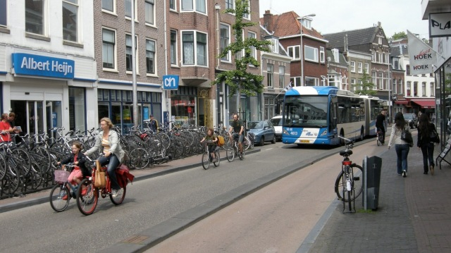 Cycling on Voorstraat