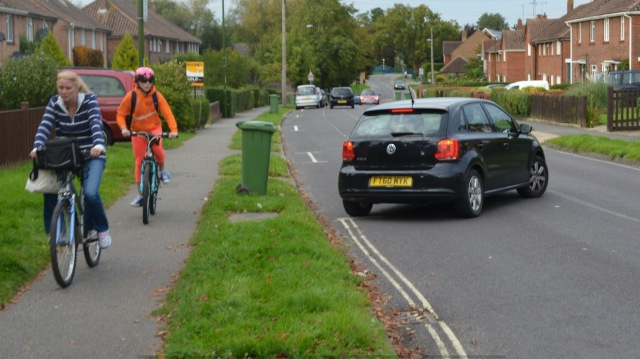 Footway cycling at this spot on Blackbridge Lane
