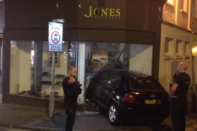 Jones-drive-thru.jpg.gallery