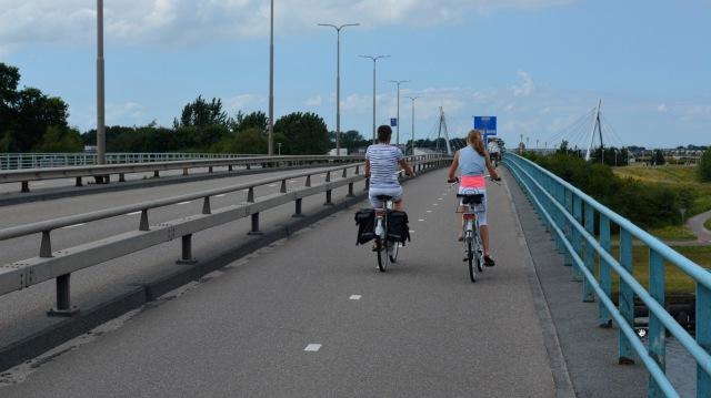 Zwolle Ijsselkanaal bridge