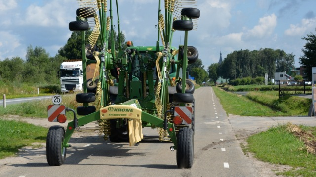 Tractor overtake Hasselt