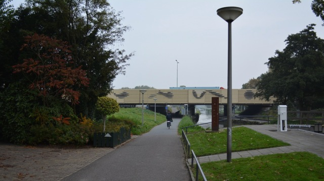 Another route between Delft and Zoetermeer, as it passes under the A12 motorway.